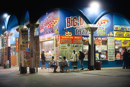 Paul W Sharpe Aka Wizard of Wonders - This is California 4 - Big Daddy Pizza