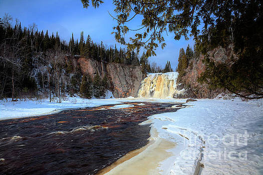This is the High Falls of the Baptism River Tettegouche State Park Minnesota. by Wayne Moran