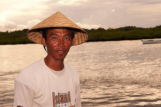 Paul W Sharpe Aka Wizard of Wonders - This is the Philippines No.9 - Philiippine Fisherman