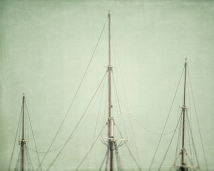 Lisa Russo - Three Masts