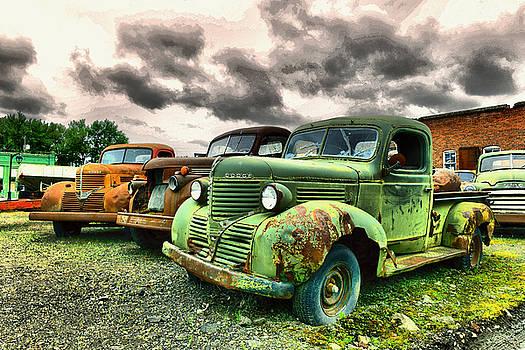 Three rusting beauties by Jeff Swan