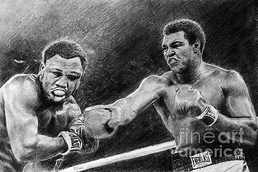 Thrilla in Manilla Pencil Drawing by David Rives