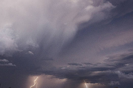 Thunder - 400310 by TNT Images