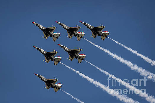 Thunderbird Formation by Andrea Silies