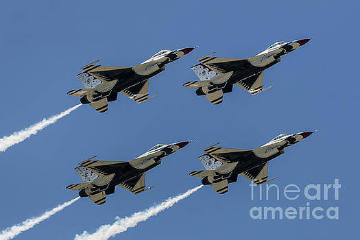 Thunderbirds DSC5807 by Andrea Silies