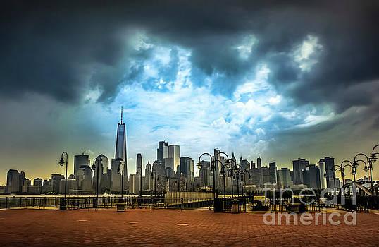 ThunderStorms Rising by Reynaldo Brigantty