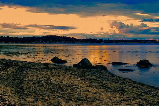 Thuro Beach by Ingrid Dendievel