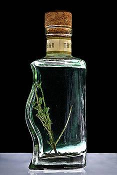 onyonet  photo studios - Thyme Vinegar