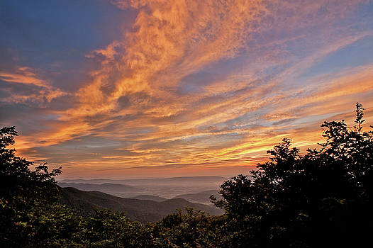 Timber Hollow Overlook Sunset 1 by Lara Ellis