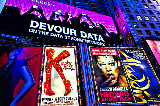 Robert Meyers-Lussier - Times Square Ads