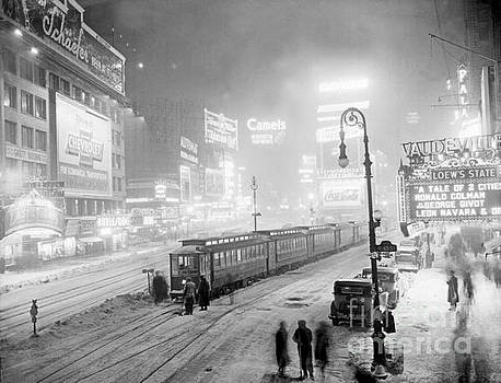 Times Square Snow Storm New York by Pd