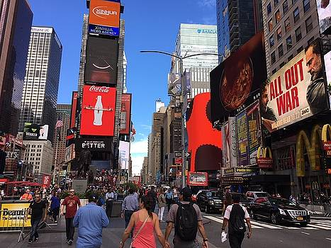 Times Square V by Val Oconnor
