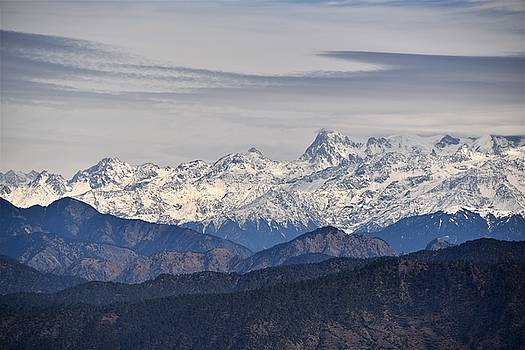 Tingling Overlook 2 - Himalayas India by Kim Bemis