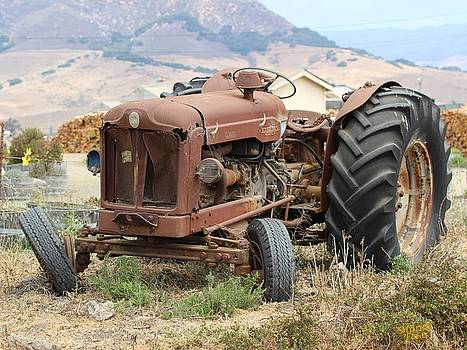 Gary Canant - Tired Tractor