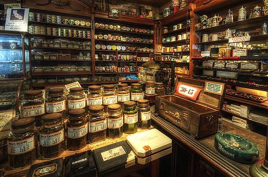 Yhun Suarez - Tobacco Jars