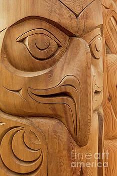 Totem Pole Eagle by Jerry Fornarotto