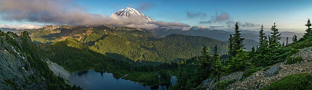 Tolmie Peak Viewpoint by Ken Stanback
