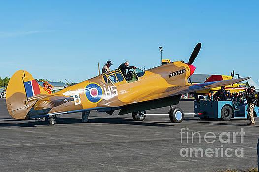 Top WW-II Ace Flies Again by Robert McAlpine