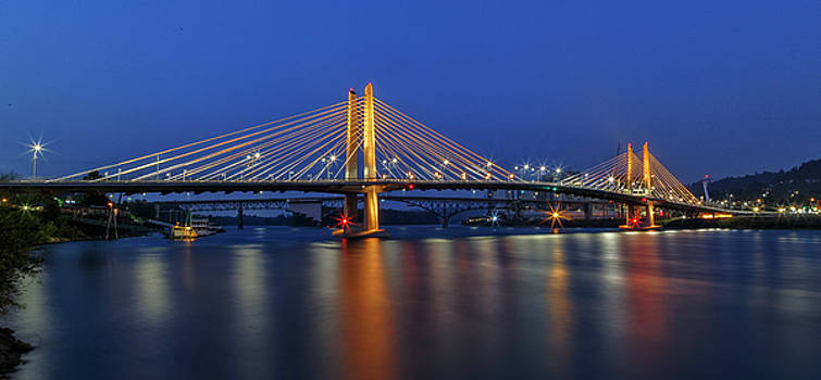 Torrid Tilikum Crossing by Wes and Dotty Weber