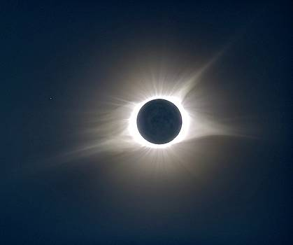 Total Solar Eclipse HDR by Jonathan Sabin
