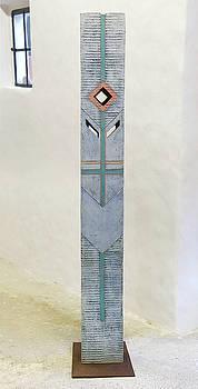 Totem Figure - Votiv Stele - Votive Stela - Ancestral Pole - Crusarder - Poste Antepassados  by Urft Valley Art