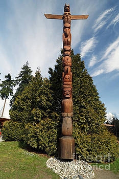 Totem in Vancouver by Natural Focal Point Photography