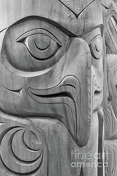 Totem Pole Eagle bw by Jerry Fornarotto