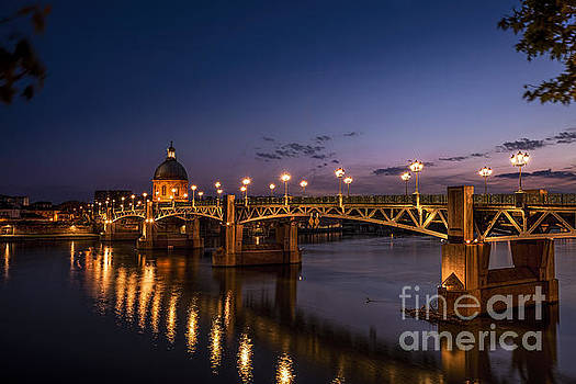 Toulouse Bridge 1 by Tony Priestley