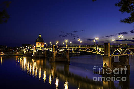 Toulouse Bridge 3 by Tony Priestley
