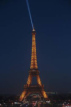 Tour Eiffel by Chris Thodd