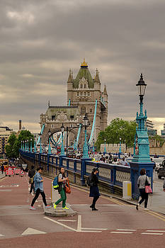 Towards Tower Bridge, London  by Sinisa CIGLENECKI