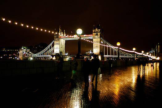 Tower Bridge  London by Jane Melgaard