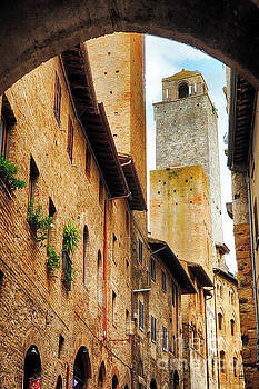 Tower in San Gimignano by George Oze