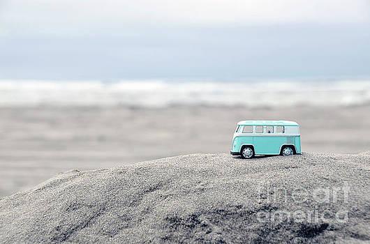 Jill Battaglia - Toy Van at the Beach Aqua