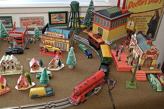 Toytown - Train Set Overview by Michele Myers