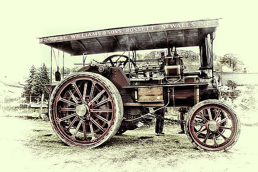 Traction Engine by Andrew Munro