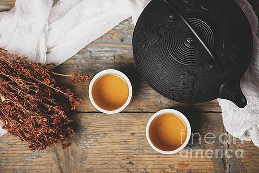 Traditional japanese tea by Jelena Jovanovic