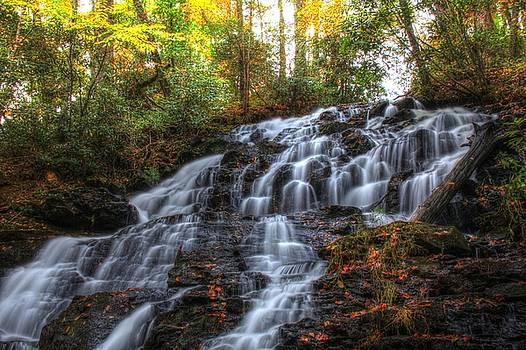 Trahlyta Falls by Tim Ford