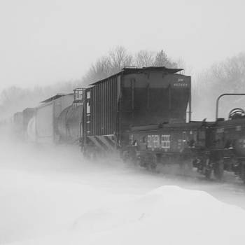 #train #ohio #ohiogram #midwestmoment by Pete Michaud