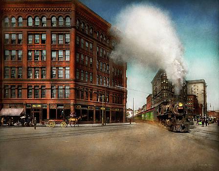 Mike Savad - Train - Respect the train 1905