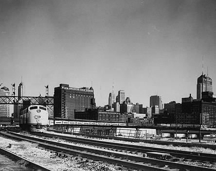 Chicago and North Western Historical Society - Train Rolling in Chicago - 1960