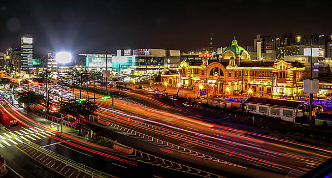 Train Station In Seoul by Hyuntae Kim