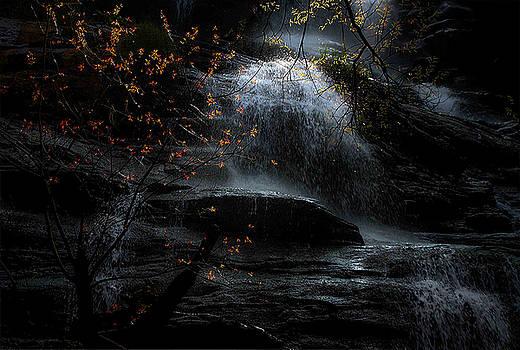 Tranquil  Dream_Falls by Ramabhadran Thirupattur