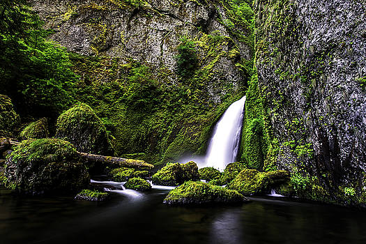 Tranquil Wahclella 2 by Justin Lowery