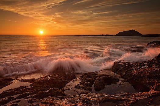 Treasure Island Sunset by Nazeem Sheik
