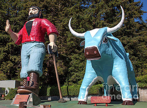 Trees of Mystery Paul Bunyan and Babe the Blue Ox by Gregory Dyer