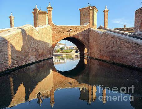 Trepponti Valli di Comacchio Ferrara Emilia Romagna Italy by Luca Lorenzelli