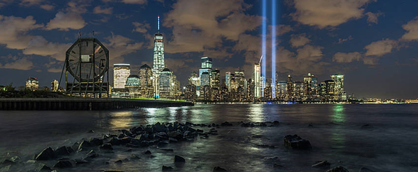 Tribute in Light by Michael Lee