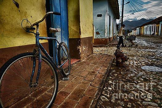 Trinidad streets by Jose  Rey