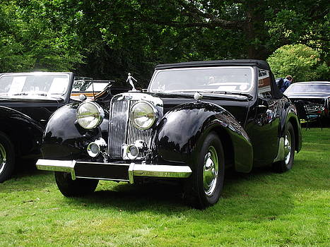 Triumph Roadster   1946-48 Black by Dawn Hay